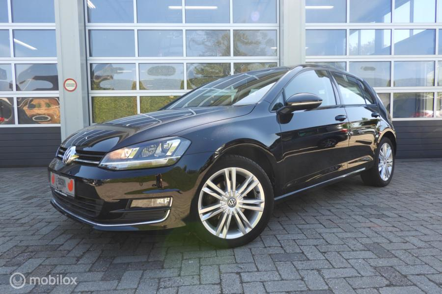Volkswagen Golf 1.4 TSI Highline, Vol leder , Xenon 140 PK!