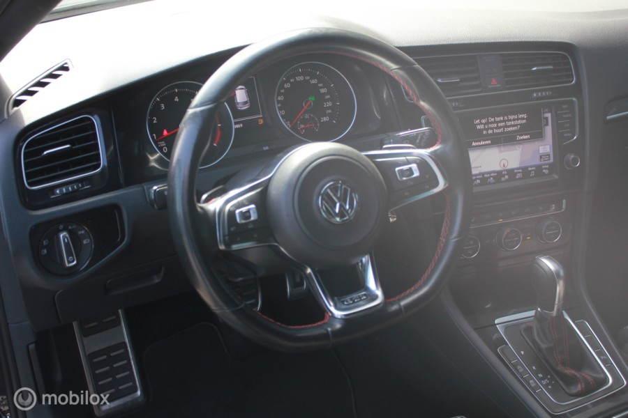 Volkswagen Golf 2.0 TSI GTI/DSG/NAVI/CRUISE/CAMERA/PDC/VOL
