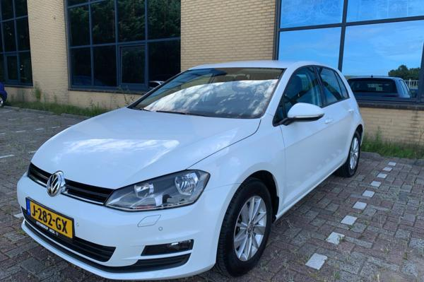 Volkswagen Golf 7 VII 1.4 TSI Connected Series