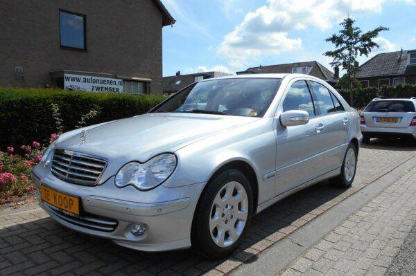 Mercedes-Benz C-klasse C280 V6 AUT. NAVIGATIE/SCHUIFDAK/1E-EIGENAAR/NIEUWSTAAT/DEALER-ONDERHOUDEN