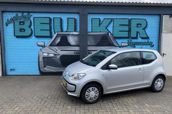 Volkswagen Up! 1.0 move up! BlueMotion, airco, trekhaak, apk