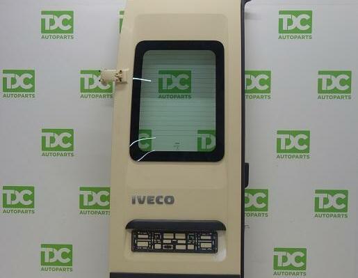 Iveco Daily ('99-'14)Achterdeur linksmet ruit gebroken wit