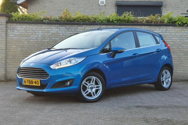 Ford Fiesta 1.0 EcoBoost Titanium, Navigatie/Cruise/Climate/Pdc/Led