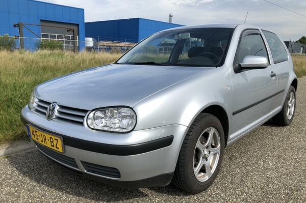 Volkswagen Golf 1.6-16V Cruise/LMV