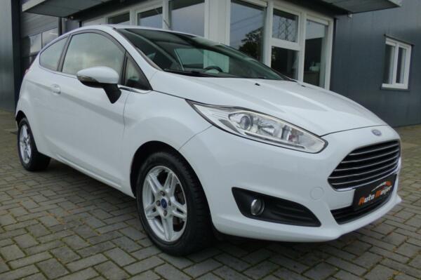 Ford Fiesta 1.0 EcoBoost Titanium 125 PK | CLIMA | 105000 KM!!!