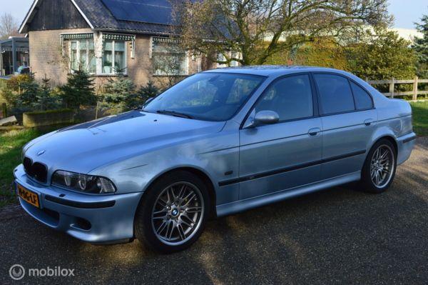 BMW 5-serie e39 M5 5.0 V8 Handbak Supersprint / 400PK /