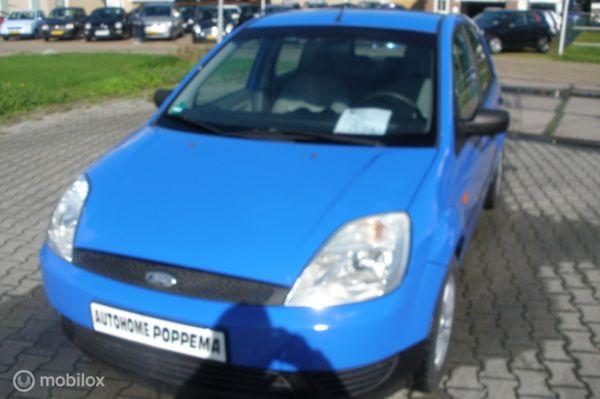 Ford Fiesta 1.3 Ambiente 5drs  nwe apk!!!