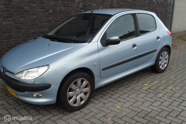Peugeot 206 1.4 Gentry Airco