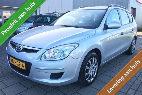 Hyundai i30 CW 1.6i Dynamic Airco/Navigatie/LMV