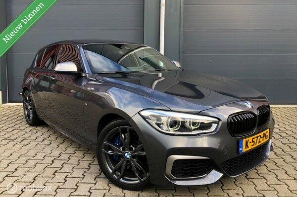 BMW 1-serie M135i xDrive LCI AUT-8 M-Performance/LED/Navi+