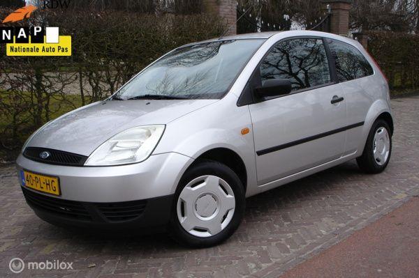 Ford Fiesta 1.3 Style (Bj 2004') APK 16-02-2022' €1149,-