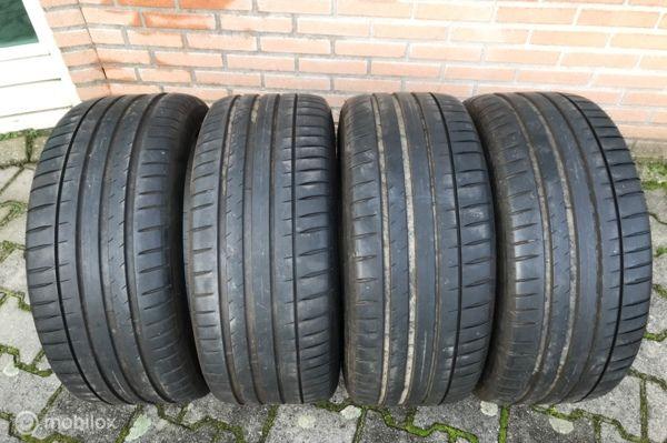 Bandenset 245/40-ZR-18 93Y Michelin Pilot Sport4