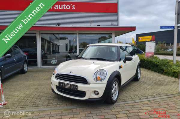 Mini Mini 1.6 One Business Line Navi zeer mooi