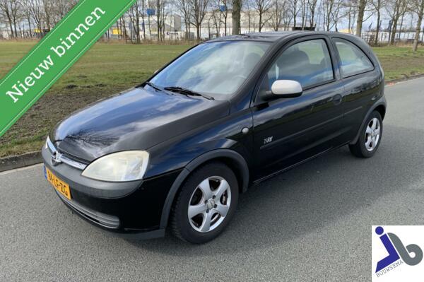 Opel Corsa 1.2 l.m. velgen,2e eigenaar,Stuurbekr,elektr pakk
