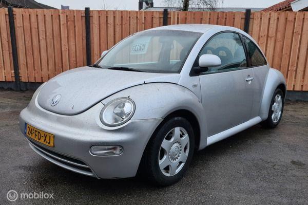 Volkswagen New Beetle 2.0 Highline