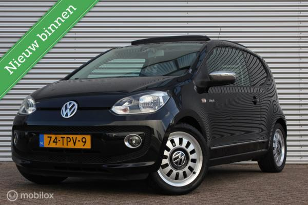 Volkswagen Up! 1.0 High Up! Black Edition /PANODAK/AIRCO/NAVI/CRUISE/PDC/16 INCH/BLUETOOTH!