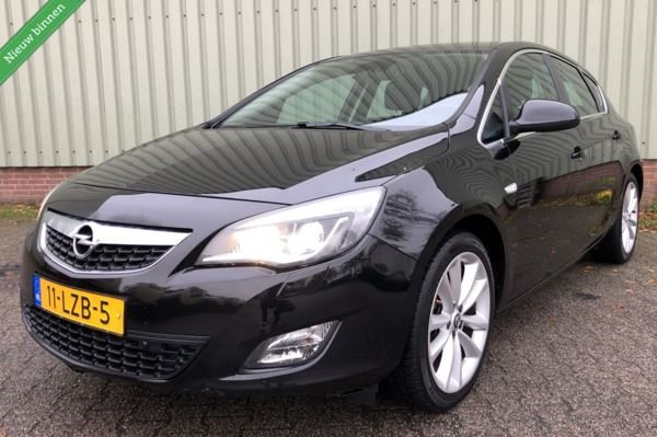Opel Astra 1.4 Turbo Cosmo/Sport/Xenon/Leer/Pdc/Navi/BJ 2010