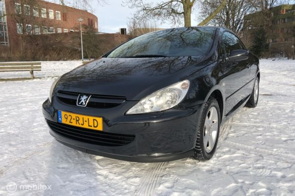 Peugeot 307 CC 2.0-16V/Automaat/PDC/Leer/Clima/Cruise