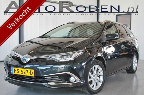 Toyota Auris Touring Sports 1.8 Hybrid Lease pro Trekhaak