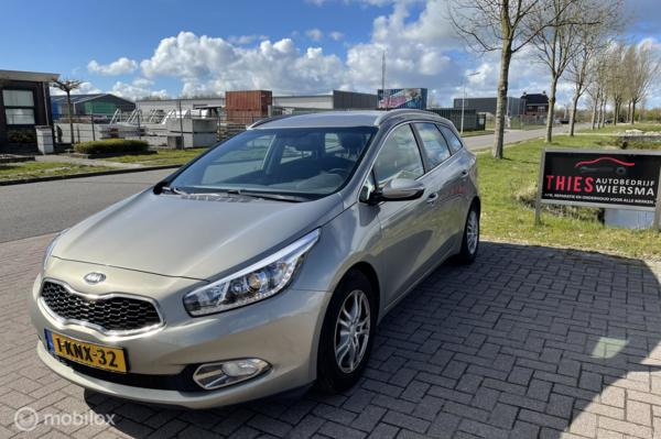 Kia cee'd Sportswagon 1.6 GDI Business Pack 135PK Led, Achteruitrijcamera, Navi PDC Cruise
