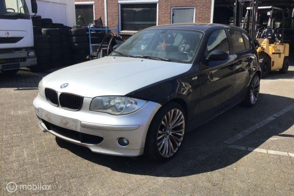 BMW 1-serie 118d High Executive voor onderdelen
