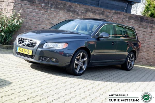 Volvo V70 T4 180PK Automaat Limited Edition schuifdak/leer/xenon/nav/ecc/pdc/lmv18