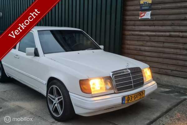 Mercedes-Benz W124 Sport 300 E AMG