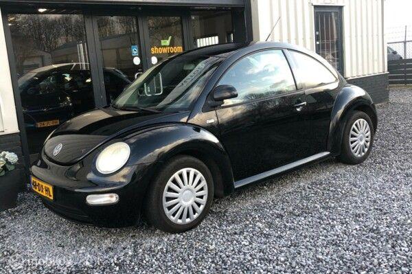 Volkswagen New Beetle - 2.0 Highline NAP