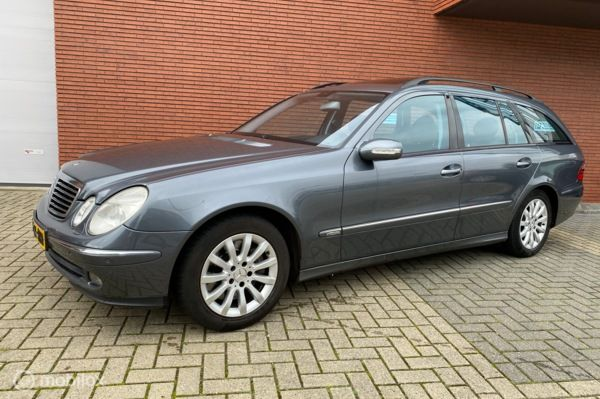 Mercedes E-klasse 350 Avantgarde Full Options !!!
