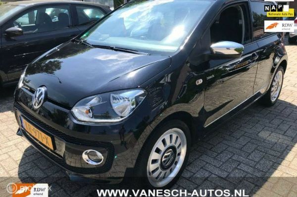 Volkswagen Up! - 1.0 black up 44kW 44.DKM AIRCO LEDER CRUISE CONTROL