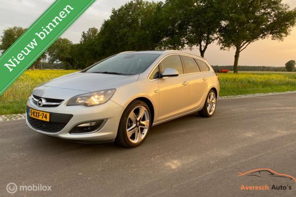Opel Astra Sports Tourer 1.4 Turbo Business +