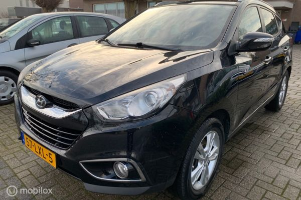 Hyundai ix35 2.0i Business Edition 214.DKM ECC NAVI APK 24-08-2021