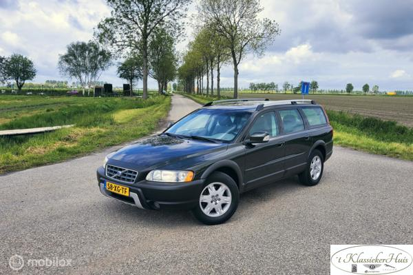 Volvo XC70 2.4 D5 Kinetic lage kmstand!