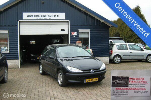 Peugeot 206 1.4  Trekhaak Garantie, inruil mogelijk