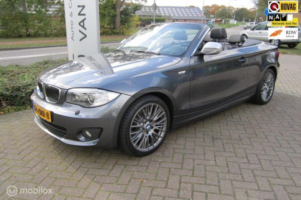 BMW 1-serie Cabrio - 123d High Executive /AUTOMAAT/LEDER/CLIMATE EN CRUISE CONTROL/PDC/NIEUWSTAAT