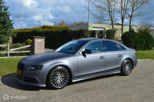 Audi A4 TFSI Aut.  RS4 uitgevoerd S-line / Blikkenvanger !!