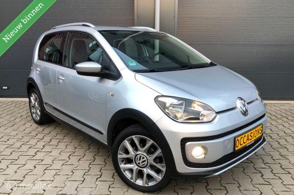 "Volkswagen Up! 1.0 cross up! 75PK 5 deurs Airco/Navi/16""LM"