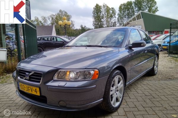 Volvo S60 2.4 Automaat Drivers Edition Volleder interieur 09