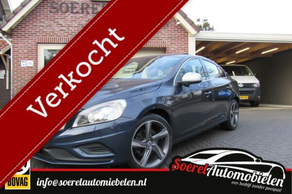 Volvo S60 2.0 D4 R-Design, blis, navi, cruise, p sens, bots ,