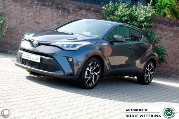 Toyota C-HR 2.0 Hybrid  182PK Team D cam/ecc/applecarplay/lmv18