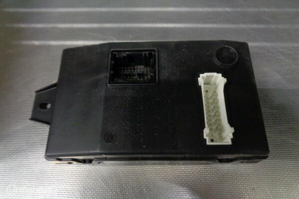 BSI-module dashboardRenault Twingo I ('93-'07)8201068825