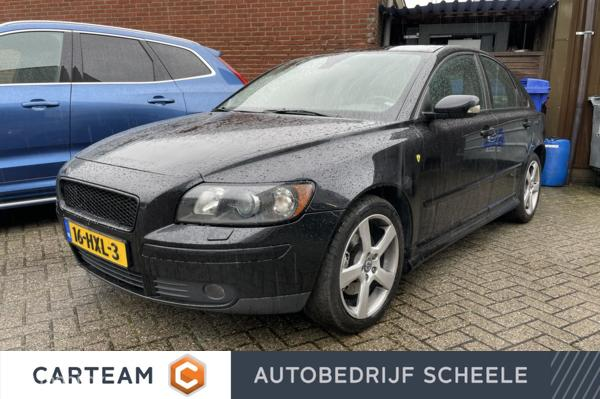 Volvo S40 2.4i Momentum   Youngtimer   Sportief