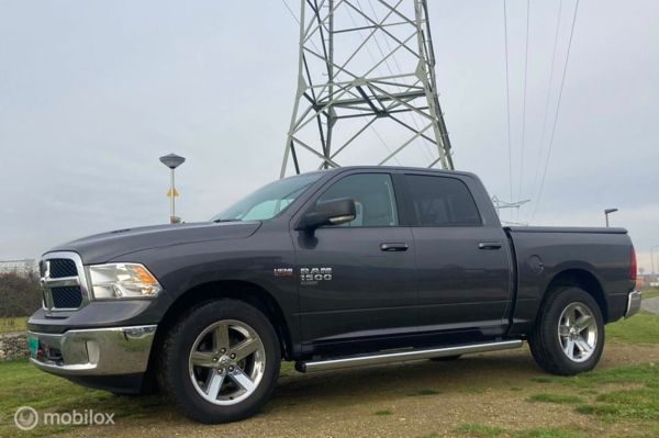Dodge Ram 1500 4X4 5.7 V8 Quad Cab Big Horn