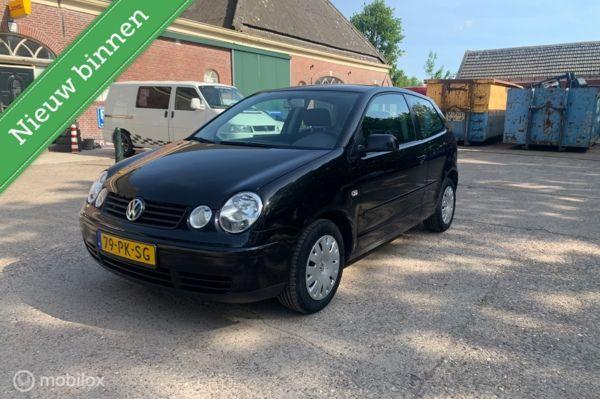 Volkswagen Polo 1.4-16V Athene