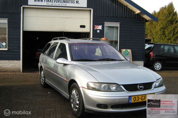 Opel Vectra Wagon 1.8-16V Business Edition