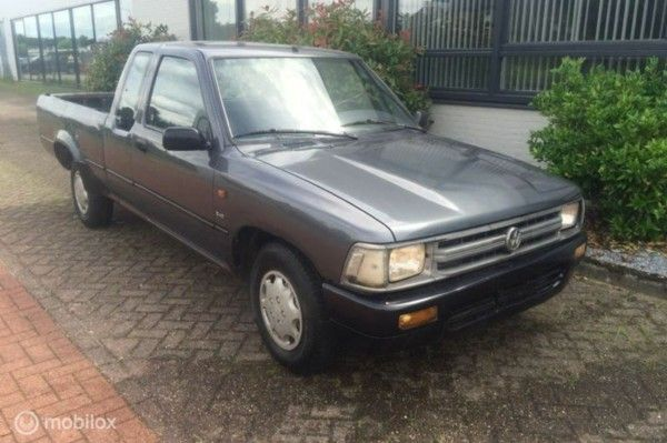 Volkswagen Taro - Toyota Hilux Extra Cab 2.4 D Pick-up