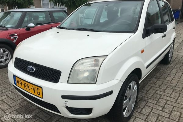 Ford Fusion 1.4 TDCi Trend 299.DKM AIRCO TREKHAAK APK 26-10-2020