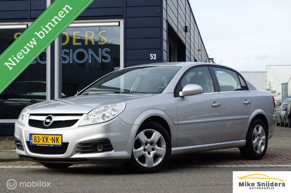 Opel Vectra 1.6-16V Business trekhaak navi