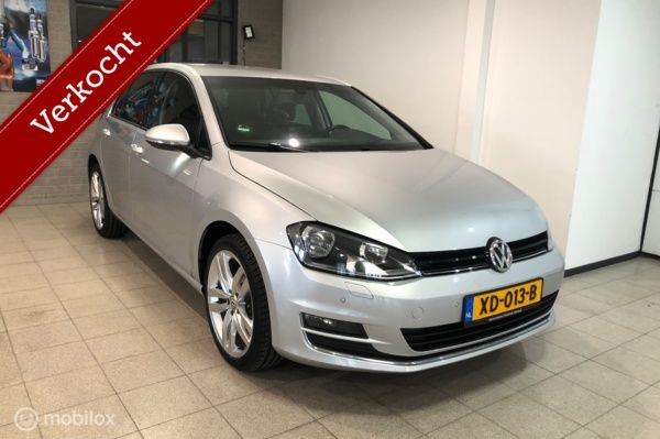 Volkswagen Golf 1.2 TSI 110PK Highline Half Leder/Massage/Navi/PDC