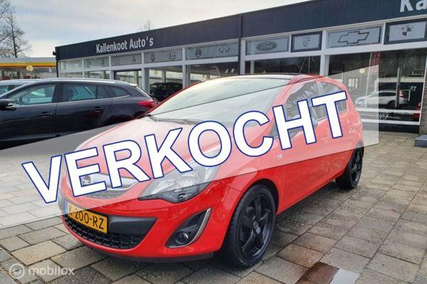Opel Corsa 1.4-16V Color Edition, Stoel/Stuurverwarming, PDC